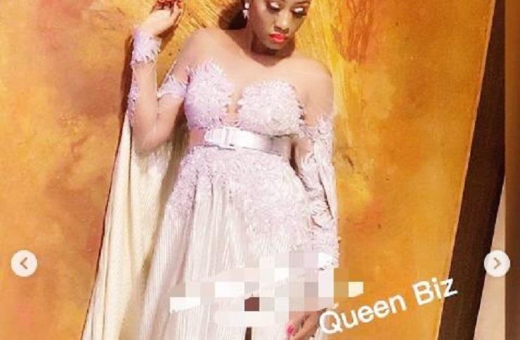 Queen Biz toute élégante dans une robe longue et classe (photos)